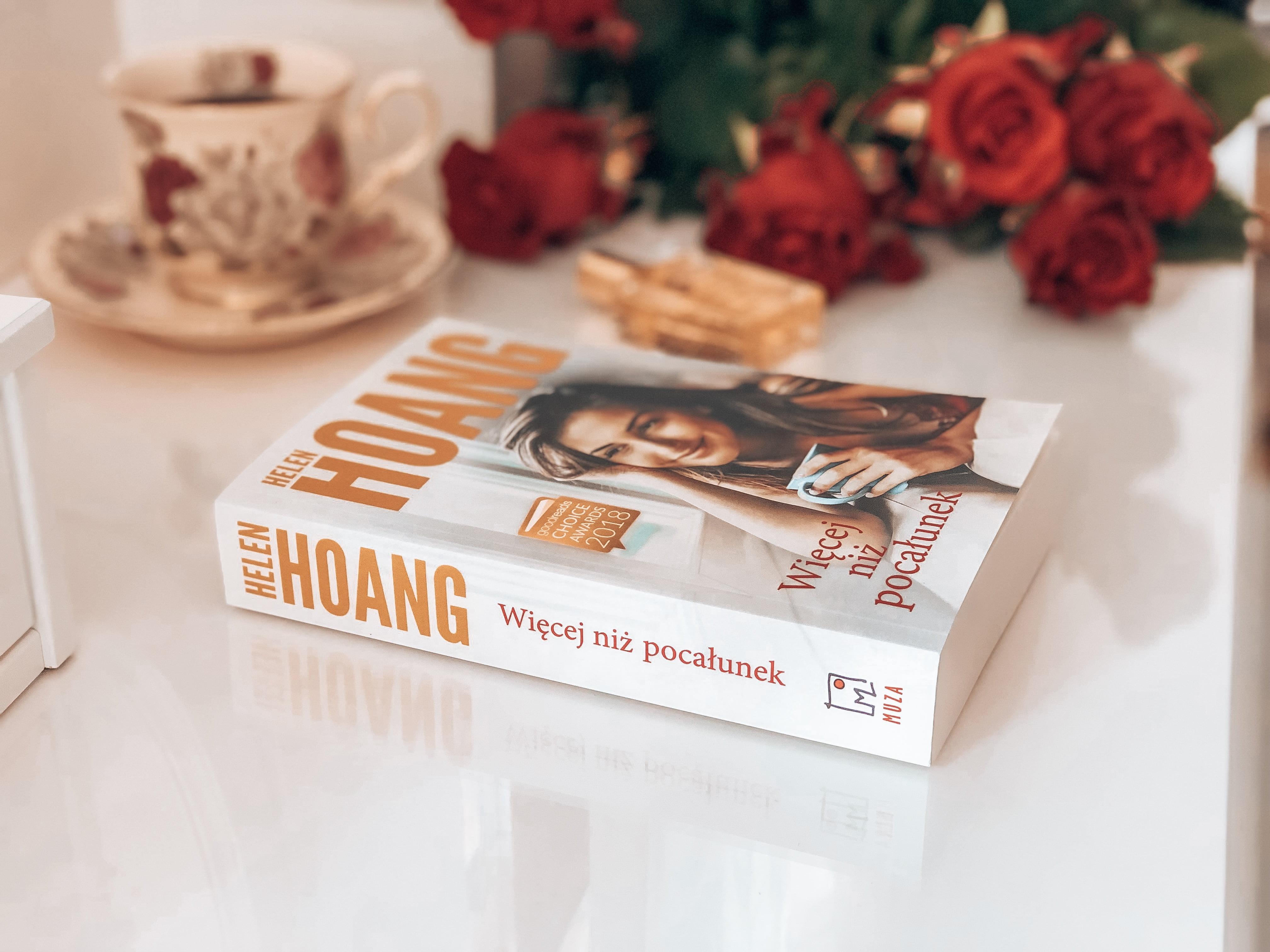 """174. """"Więcej niż pocałunek"""" – Helen Hoang"""